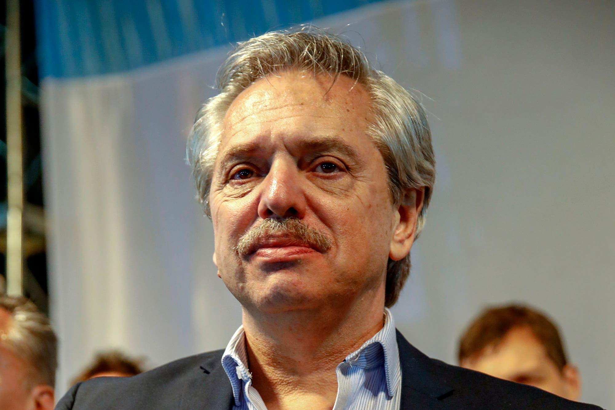 Fernández planea un cepo más flexible para que las empresas giren utilidades