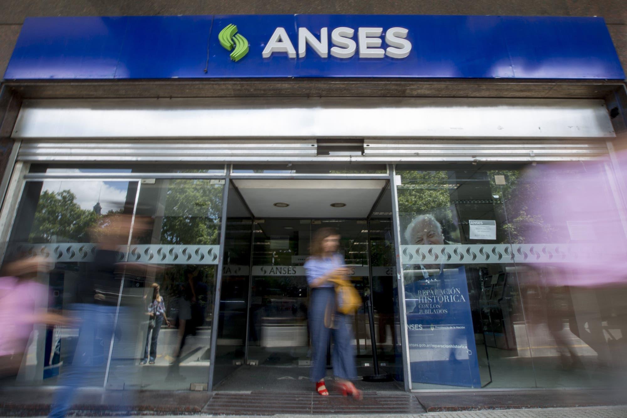 """Créditos de la Anses, empleo y obras públicas """"transparentes"""", las claves"""