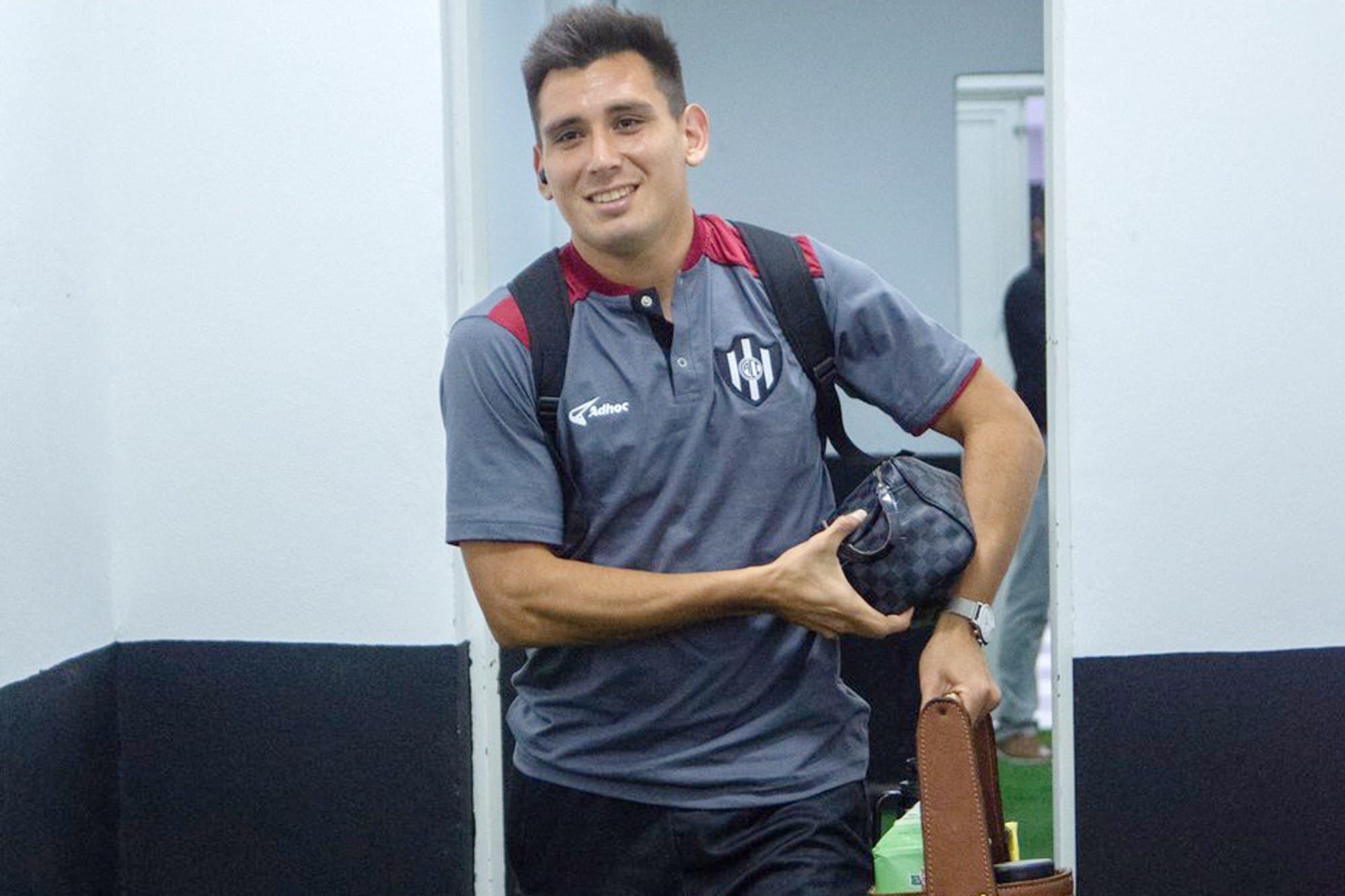 Profesor de Educación Física y capitán de Central Córdoba: Cristian Vega, el jugador que les aconseja a sus compañeros que estudien