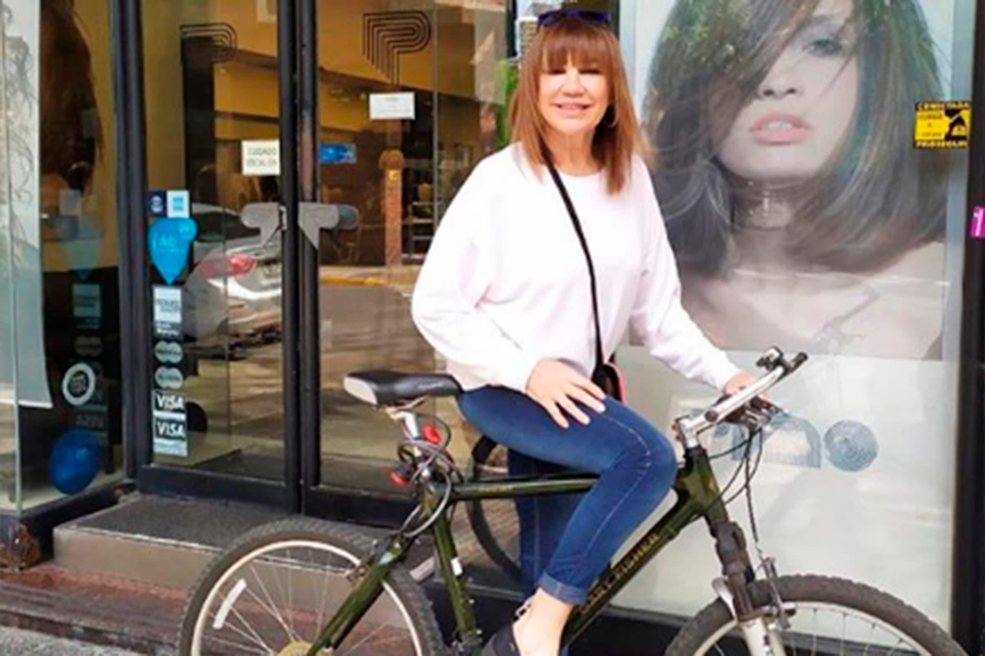 Mora Furtado fue atropellada por un auto mientras andaba en bicicleta