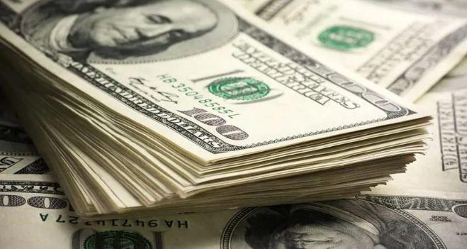 Más restricciones: empleados que cobraron por el ATP no podrán comprar los USD200 mensuales