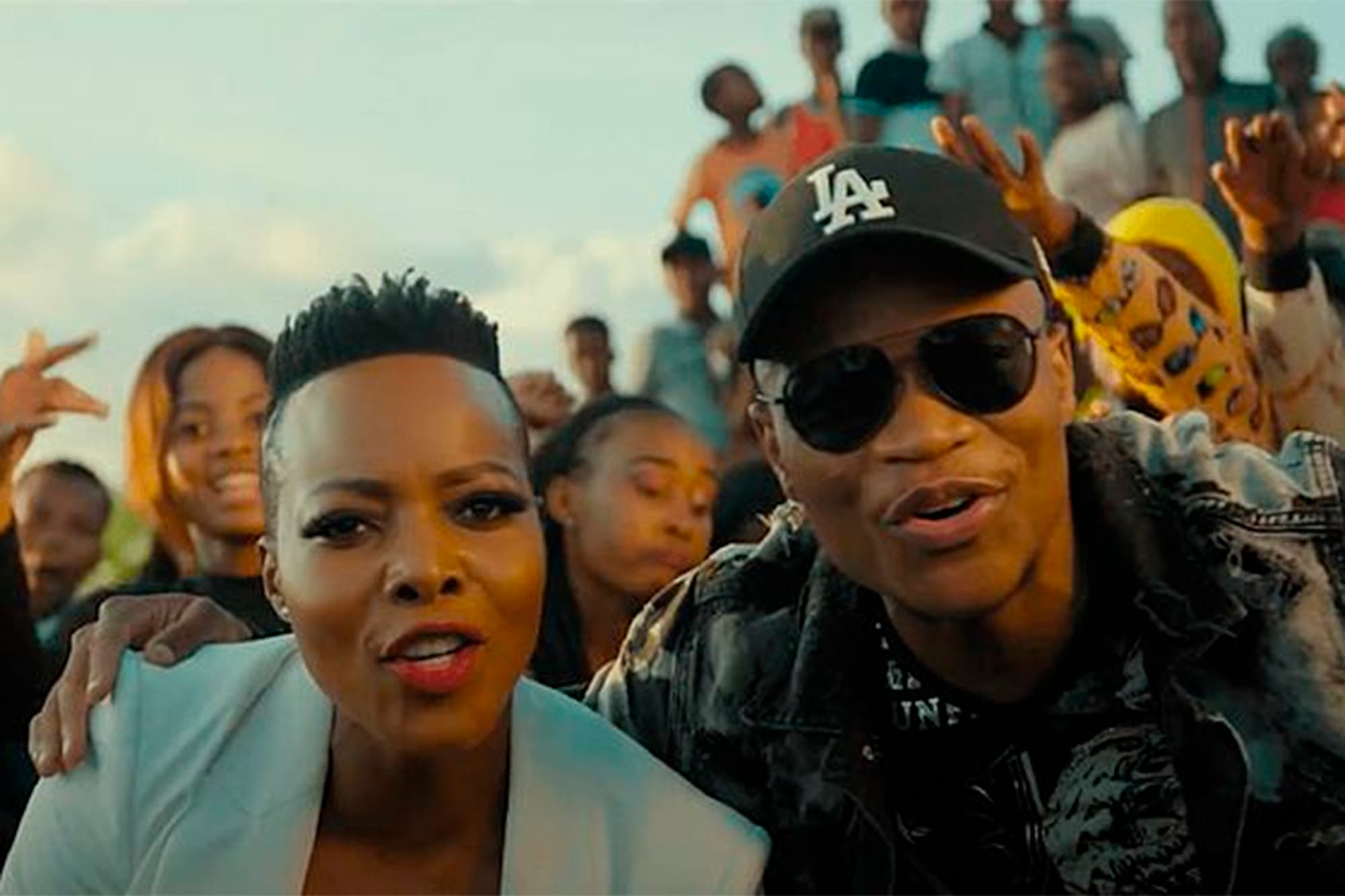 """Quiénes son los artistas detrás de """"Jerusalema"""", la esperanzadora canción sudafricana que suena en todo el mundo"""