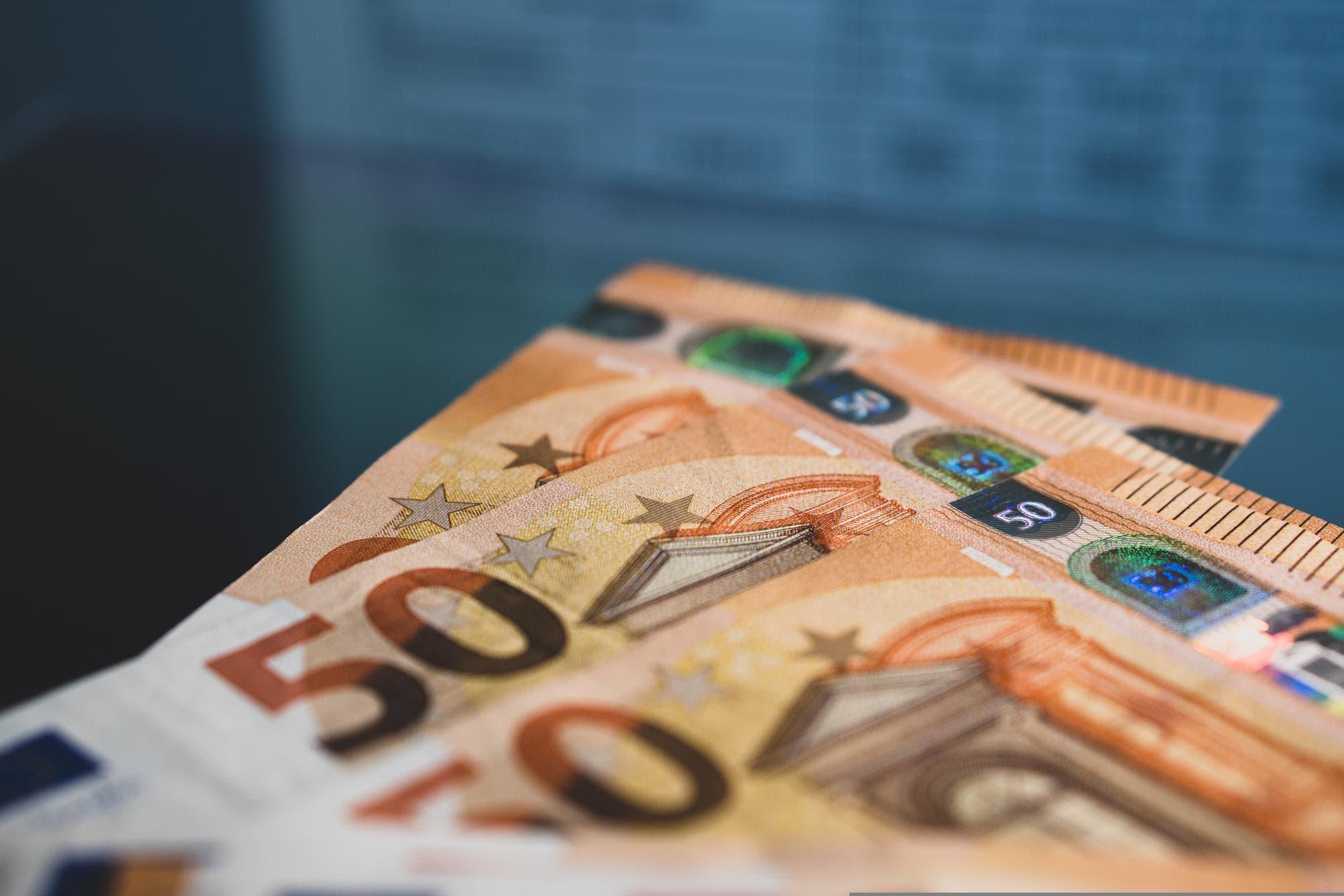 Euro hoy en Argentina: a cuánto cotiza hoy martes 27 de octubre