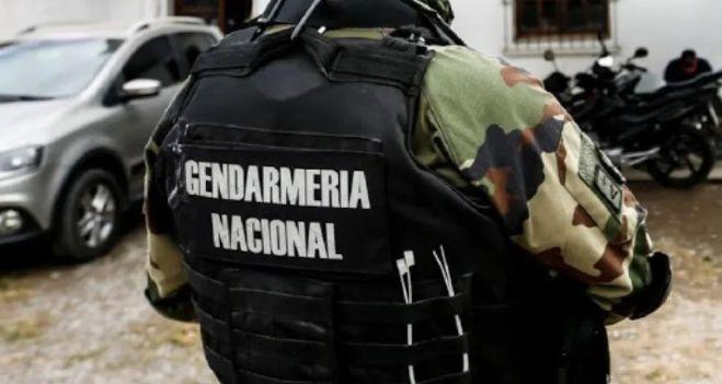 Gendarmes matan a una joven que junto a dos cómplices asaltó a un chofer