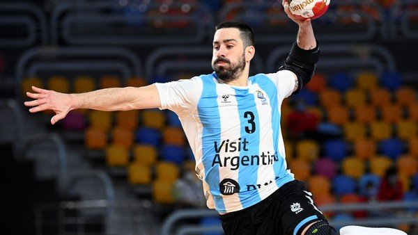 Federico Pizarro, la figura de la selección en el Mundial de handball que superó el coronavirus y sueña con más