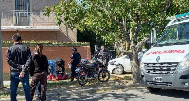 fallecio-uno-de-los-dos-hombres-que-transitaban-en-moto-y-fueron-embestidos-por-un-auto