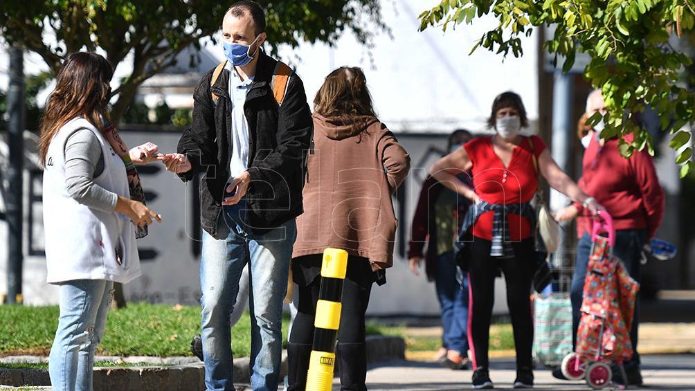 otras-438-personas-murieron-y-14.632-fueron-reportadas-con-coronavirus-en-las-ultimas-24-horas