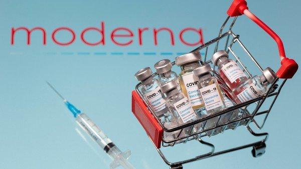"""pfizer-y-moderna:-las-vacunas-contra-el-covid-mas-eficaces-desataron-una-""""guerra""""-silenciosa"""